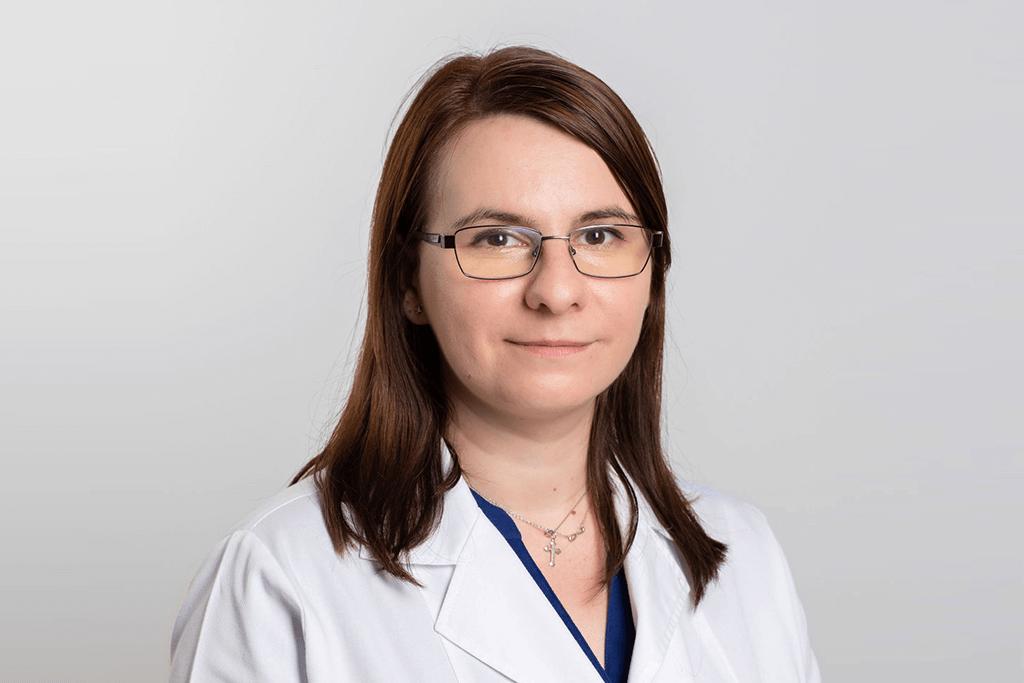 Dr. Andra Pîrnuță